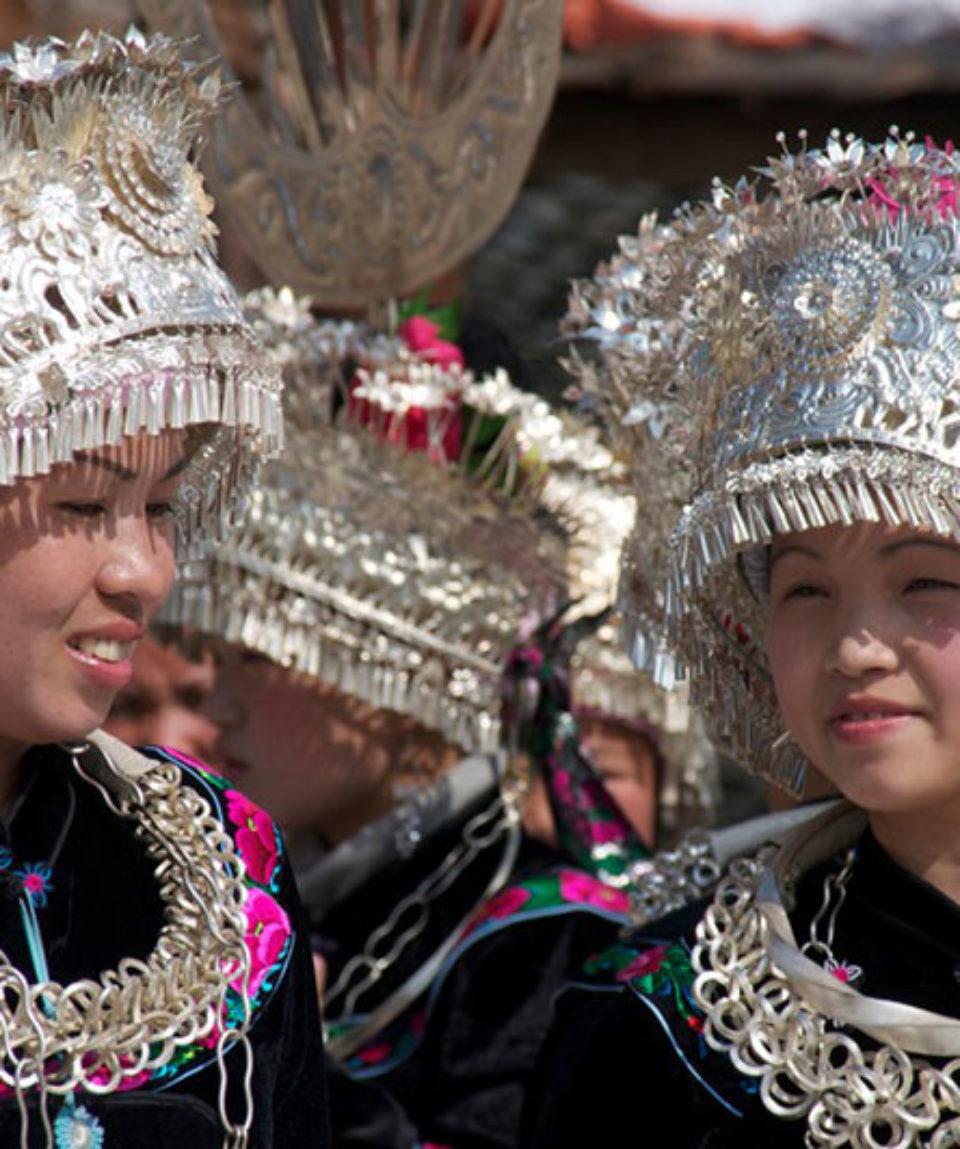 Cina Miao People Kathy Dragon