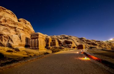 Petra by Night:  le Tombe dei Re